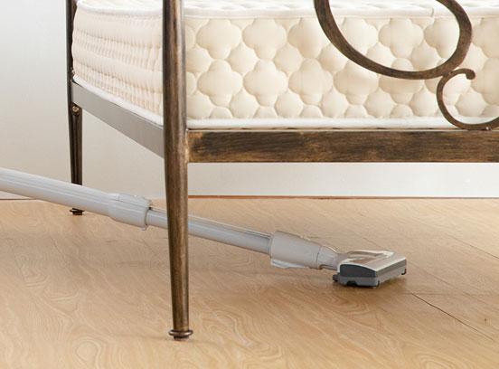 金属製ベッドの掃除方法
