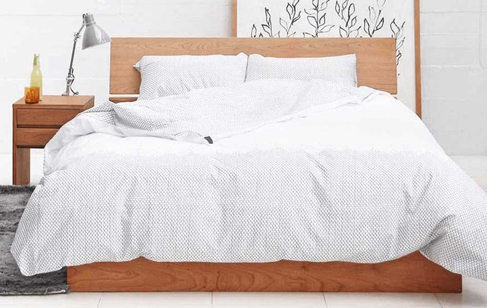 ダブルサイズよりもさらにゆったりしたサイズのベッドをお探しの方には、クイーンサイズやキングサイズがおすすめです。