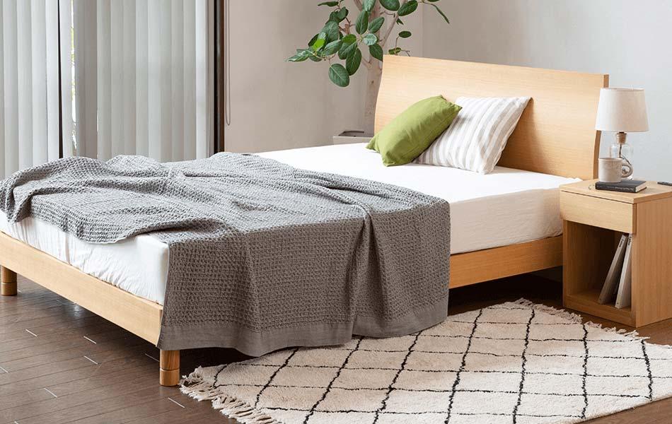 セミダブルサイズよりもさらにゆったりしたサイズのベッドをお探しの方には、ダブルサイズがおすすめです。