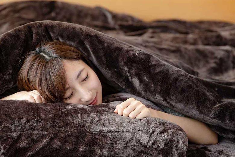 とろけるタッチの枕カバー